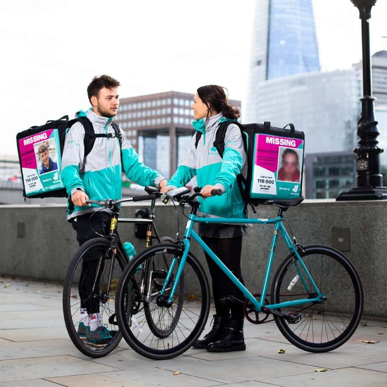Ride-to-find-with-missing-people-Deliveroo-Full-Life.fp